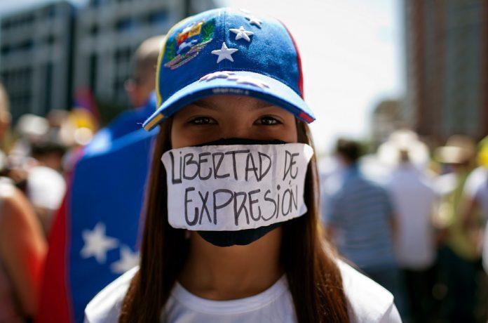 Libertad de expresión, violación