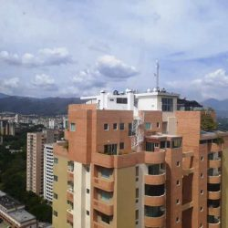 Apartamento en Las Chimeneas Resid. Vista al Parque