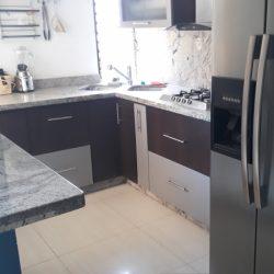 Apartamento en Urbanización El Bosque Amoblado.