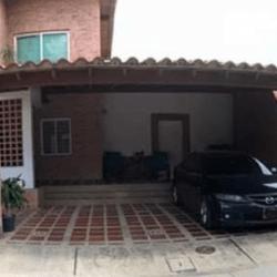 EN VENTA TOWNHOUSE EN LAS TRINITARIAS    San Diego Carabobo