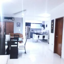 TOWNHOUSE EN VENTA EN  MUKURUBA | Mañongo